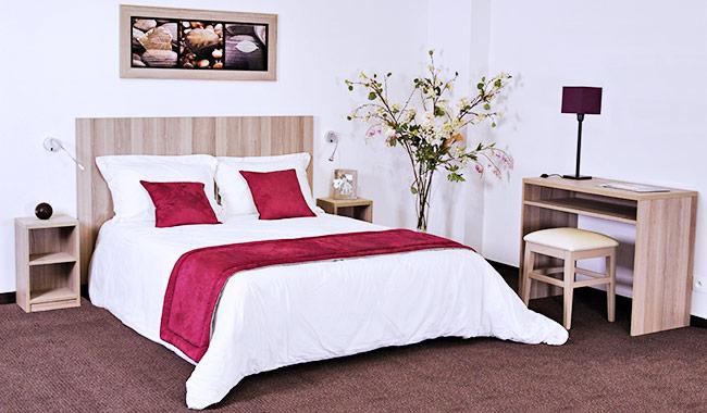 Meubles pour hotel commandez en ligne la chambre basika for Chambre en bois flotte