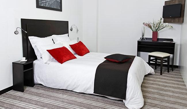 Commandez en ligne la chambre basika 5 pi ces kit 1 weng for Chambre 13 serie