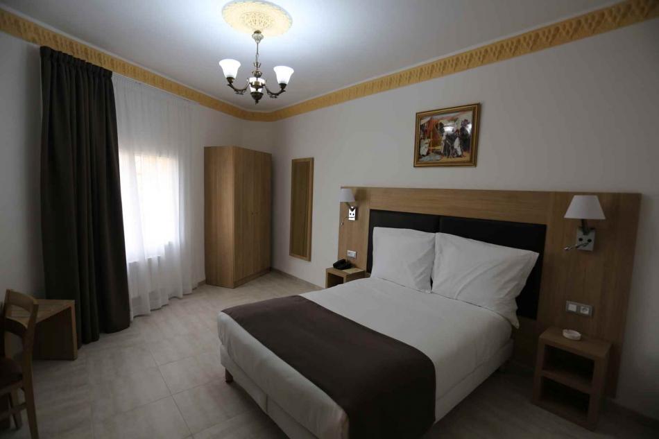 Hôtel KERDADA à Bou-Saâda