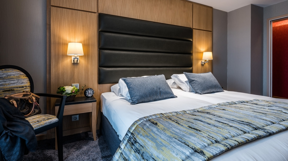 H tel bristol mulhouse r f rence h teli res meubles hotels for Appart hotel thionville
