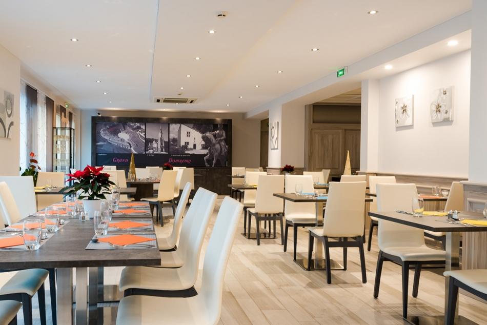 Hôtel Restaurant L'EDEN - Neufchâteau