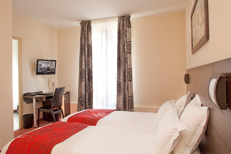 H tel de l 39 europe poitiers r f rence h teli res for Appart hotel poitier